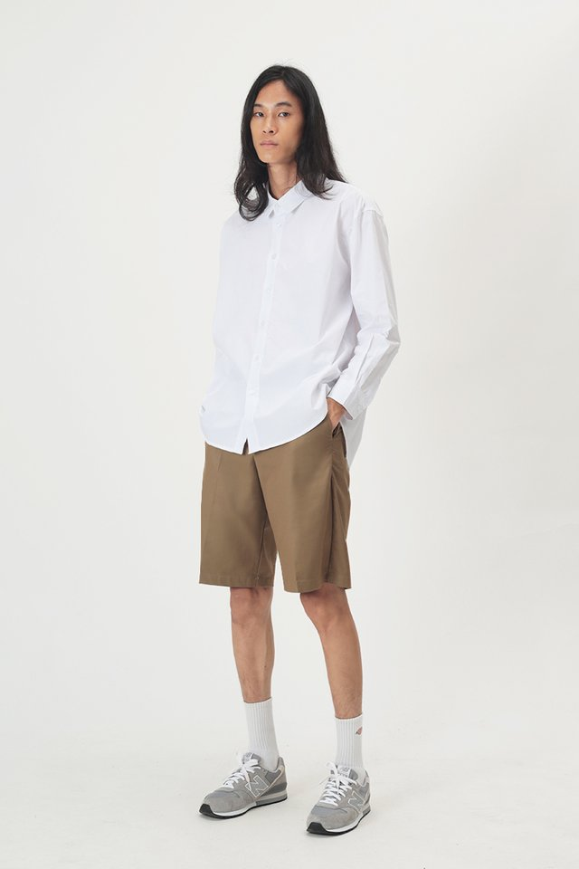 QUENTIN TAILORED SHORTS IN TAN