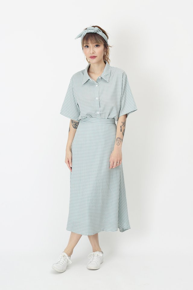 EVE GINGHAM SKIRT IN CLOUD BLUE