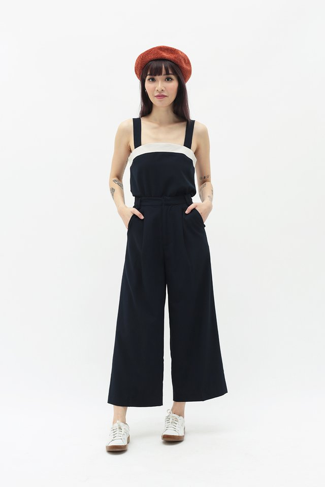 CERISE PLEATED CULOTTES IN NAVY