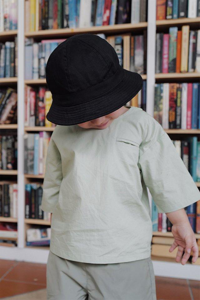 ARCADE MINI BUCKET HAT IN BLACK
