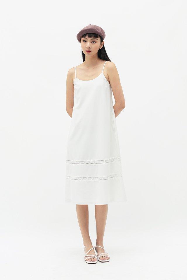 JUNIE LACE TRIM DRESS IN WHITE