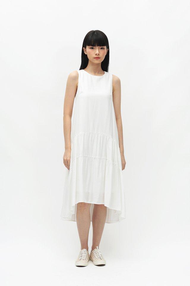 REINA DROP HEM DRESS IN WHITE