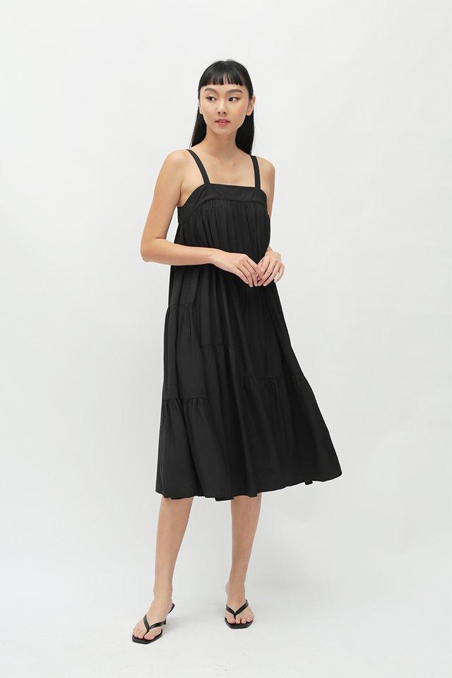 EXIE MULTI PANEL DRESS IN BLACK