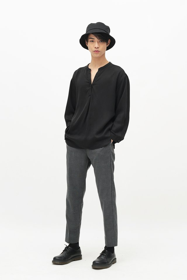 MATTY SKIPPER COLLAR SHIRT IN BLACK