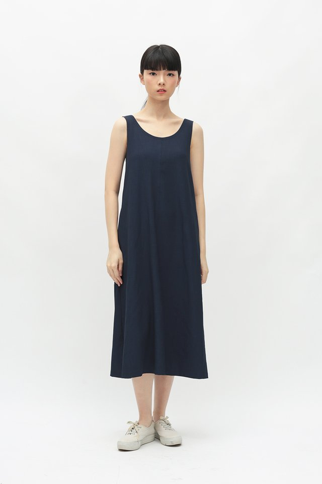 NELLIE SCOOP BACK DRESS IN NAVY