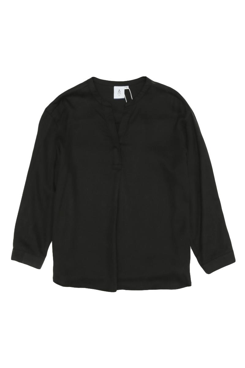 MATTY SKIPPER COLLAR SHIRT IN BLACK