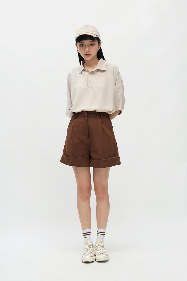ALFRED CUFFED SHORTS IN CHESTNUT
