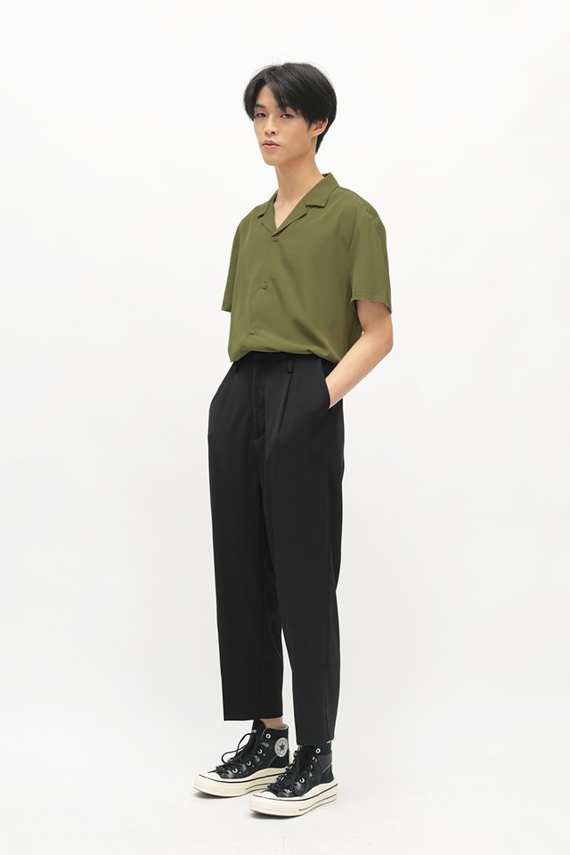 QUINCY TAPERED TROUSERS IN BLACK