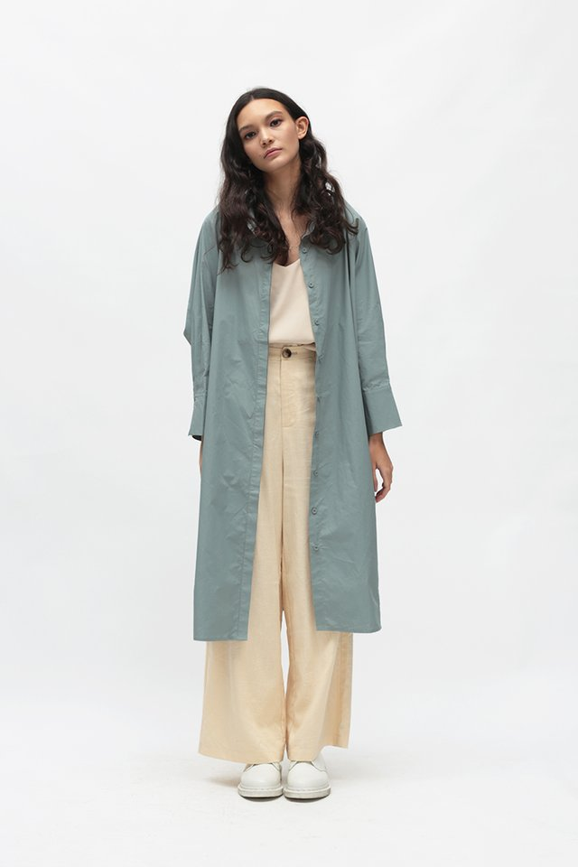 CITY GIRL OVERSIZED SHIRT DRESS IN MISTY SKY