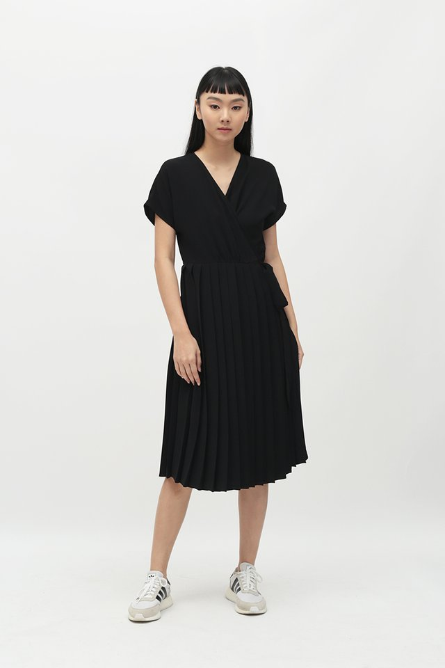 DIANE PLEATED WRAP DRESS IN BLACK