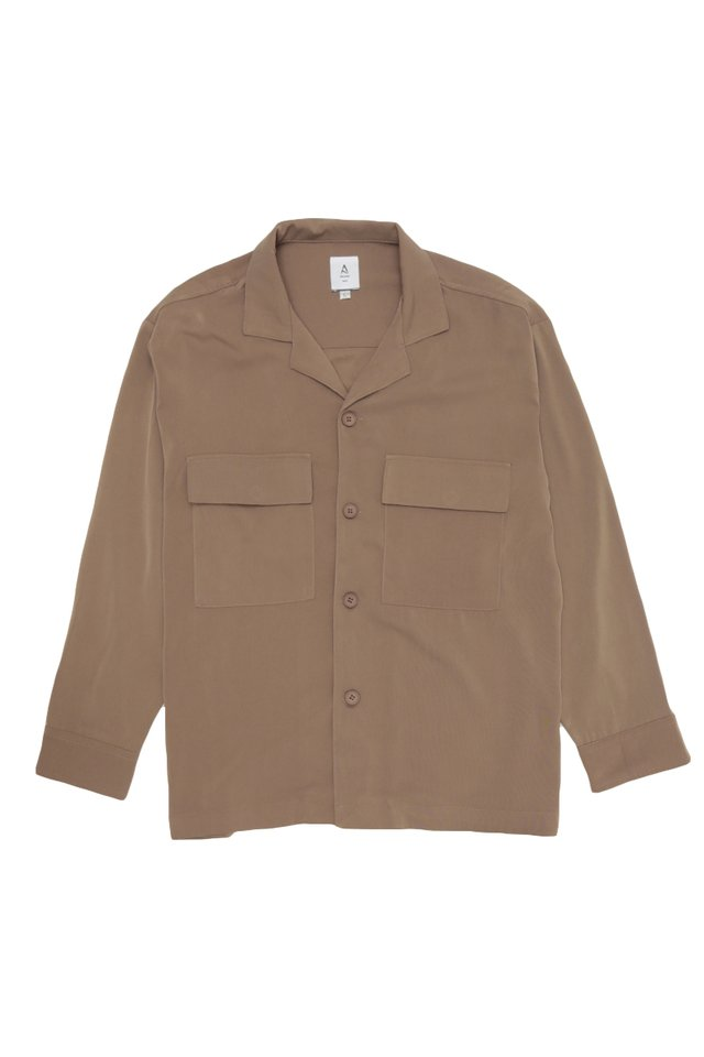 LOREN CAMP COLLAR POCKET SHIRT IN MOCHA
