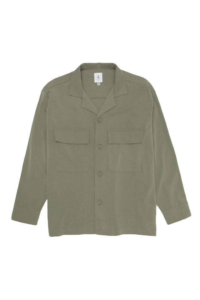 LOREN CAMP COLLAR POCKET SHIRT IN MOSS
