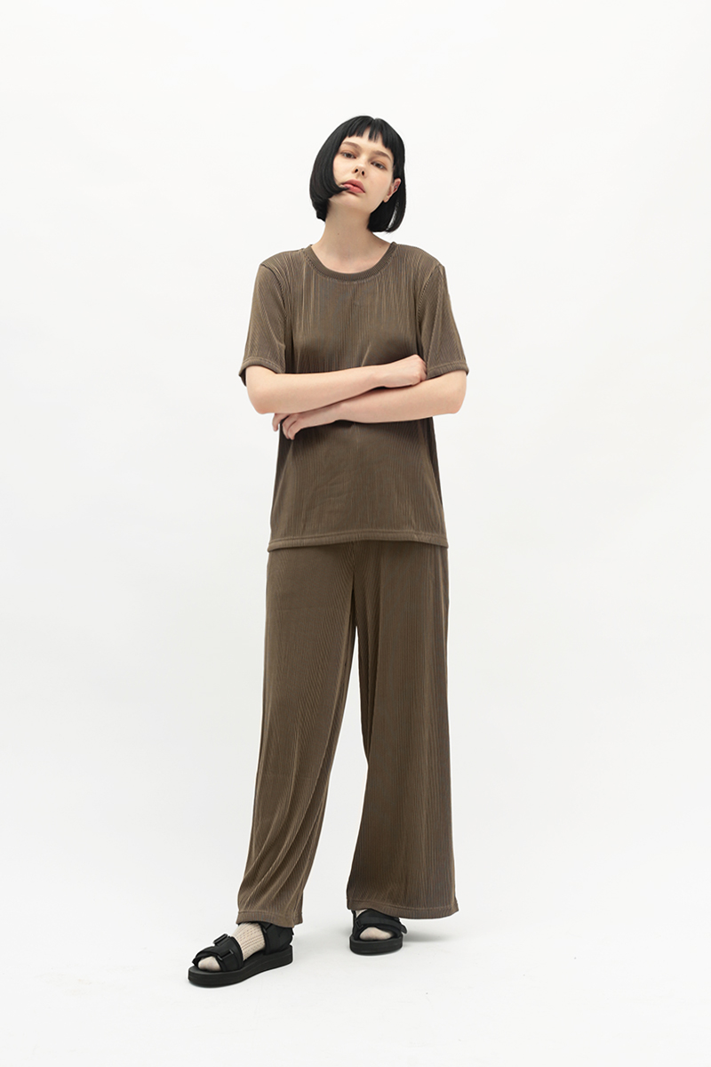 BETWEEN THE LINES RIBBED PANTS IN MOCHA