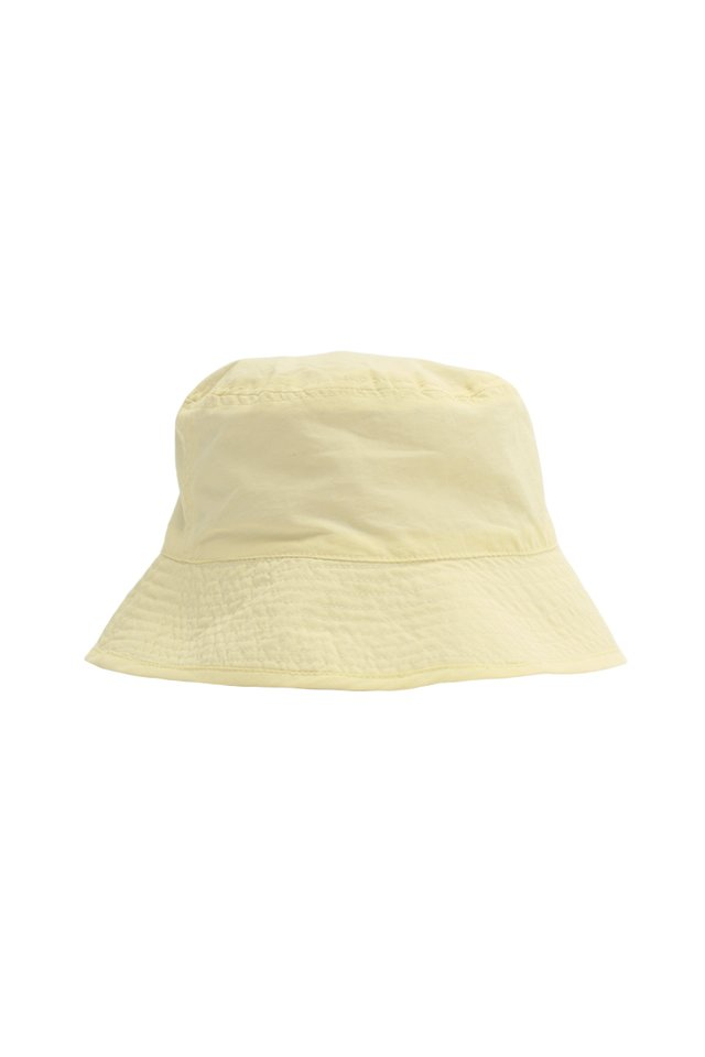 ARCADE REVERSIBLE BUCKET HAT IN BUTTER/LILAC