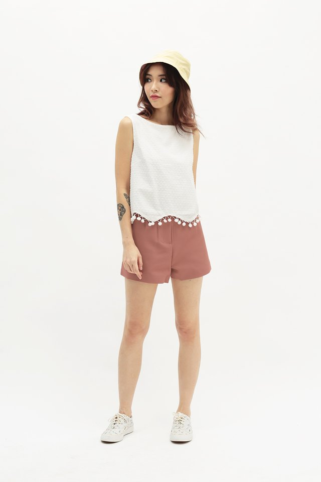 ROBYN SHORTS IN ROSEWOOD