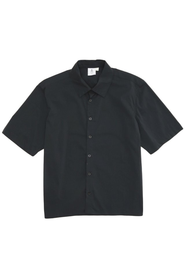 EMIL SHORT SLEEVE CROPPED SHIRT IN NAVY
